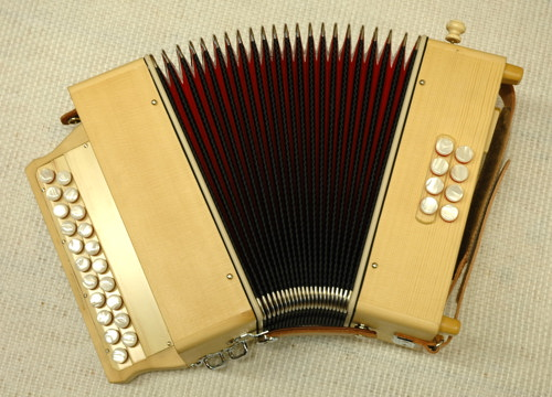 diatonic accordions Loïc